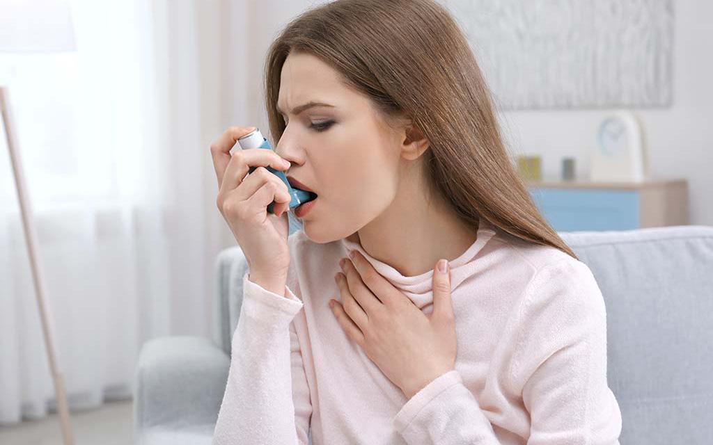Thời tiết khô hanh ảnh hưởng đến bệnh hen suyễn như thế nào?