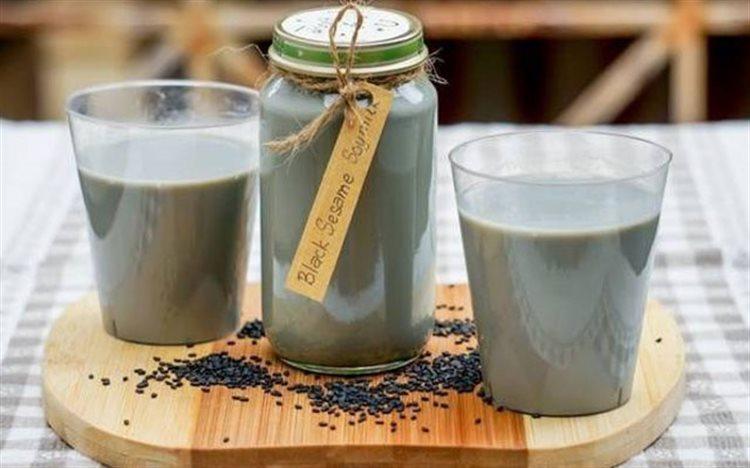 Sữa mè đen có tác dụng gì