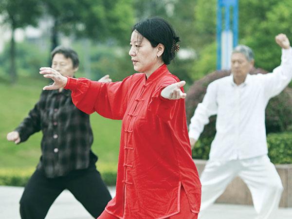 Tập thể dục cho người cao tuổi bị tiểu đường - Ảnh 3.