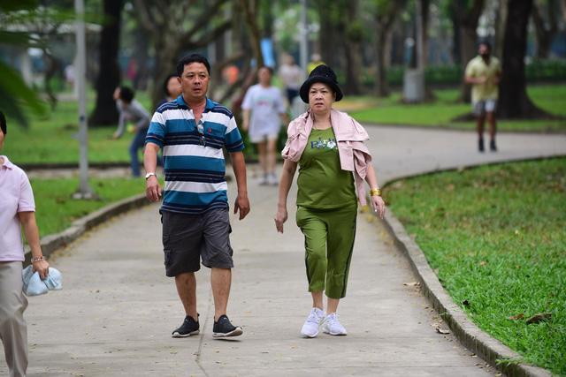 Tập thể dục cho người cao tuổi bị tiểu đường - Ảnh 2.