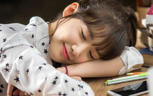 Ngủ trưa dài có thể gây hại đến sức khỏe như thế nào?