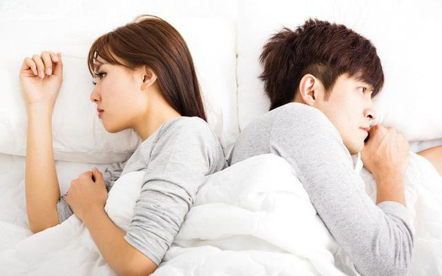 Nguyên nhân làm giảm ham muốn tình dục ở nữ giới - Ảnh 2.
