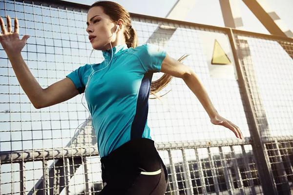 Làm thế nào để tiếp đất khi chạy bộ đúng cách nhằm tránh các chấn thương? - Ảnh 3.