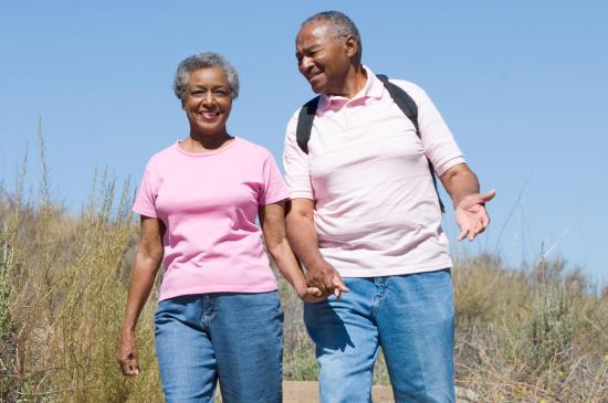 Giáo sư tim mạch trả lời câu hỏi: Cao huyết áp có nên tập thể dục không? - Ảnh 2.