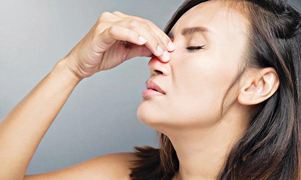 Cần biết các triệu chứng COVID-19 nhẹ và trung bình - Ảnh 2.