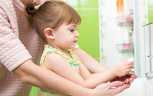 Nhiễm trùng tiêu hóa ở trẻ em: Hướng dẫn cách phòng bệnh tiêu chảy cấp ở trẻ