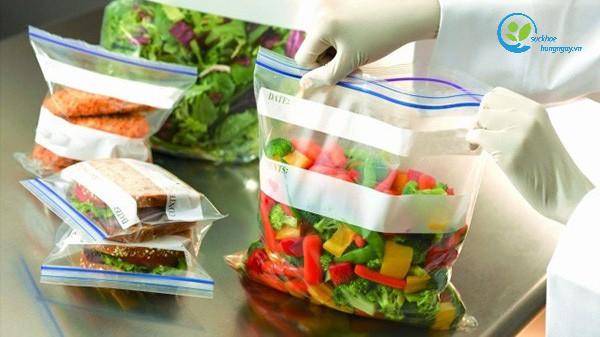 Những lưu ý về an toàn thực phẩm trong thời tiết nồm ẩm