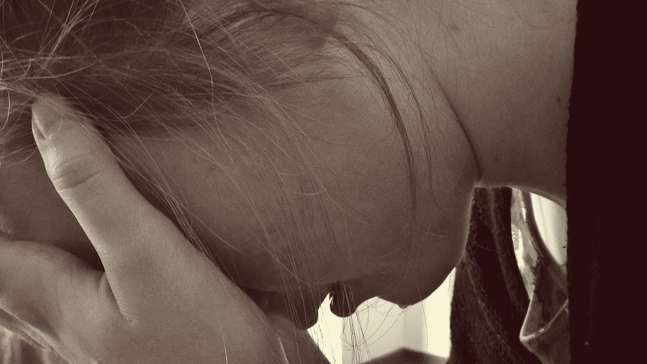 Bạn đã biết các dấu hiệu trầm cảm sau sinh nguy hiểm này chưa? - Ảnh 1.