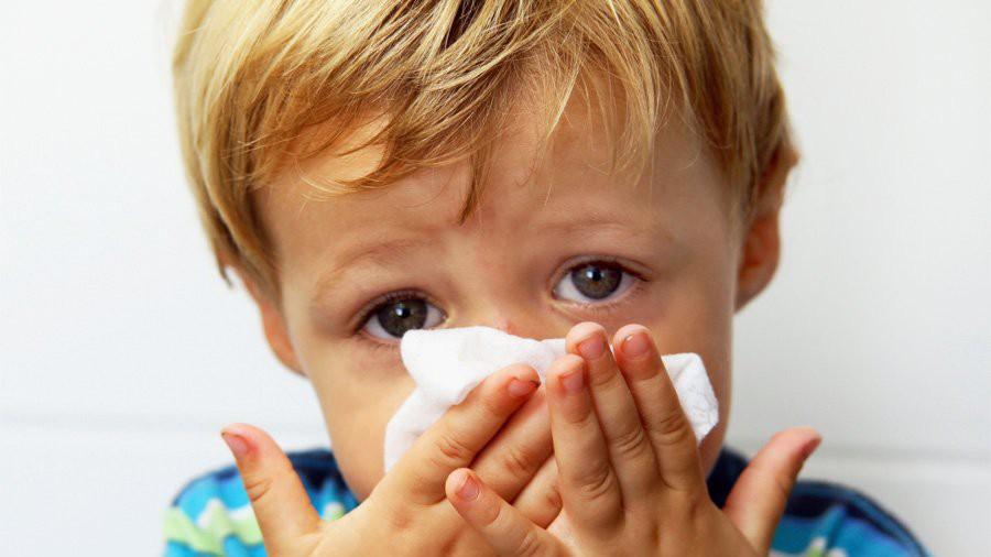Dấu hiệu viêm phế quản phổi ở trẻ em, ba mẹ cần lưu ý gấp