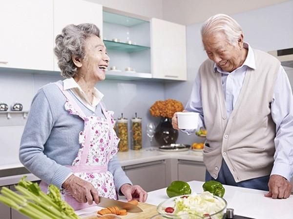 Ghi nhớ ngay chế độ ăn uống sau nhồi máu cơ tim - Ảnh 1.