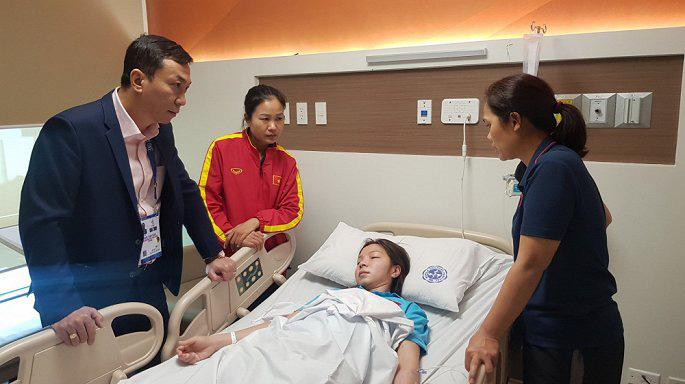 Tuyển thủ Việt Nam nhập viện sau nỗ lực giành HCV tại SEAGAME 30: Cần làm gì nếu kiệt sức khi chơi thể thao? 2