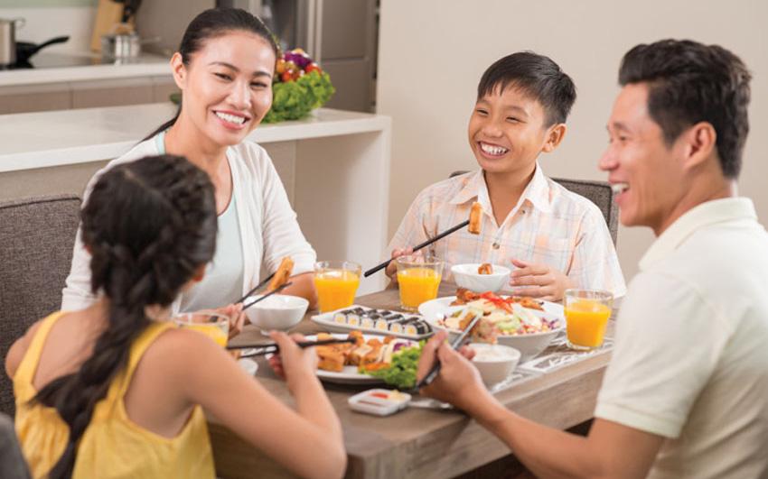 Hướng dẫn ăn canh đúng cách, những ai cần lưu ý khi ăn canh