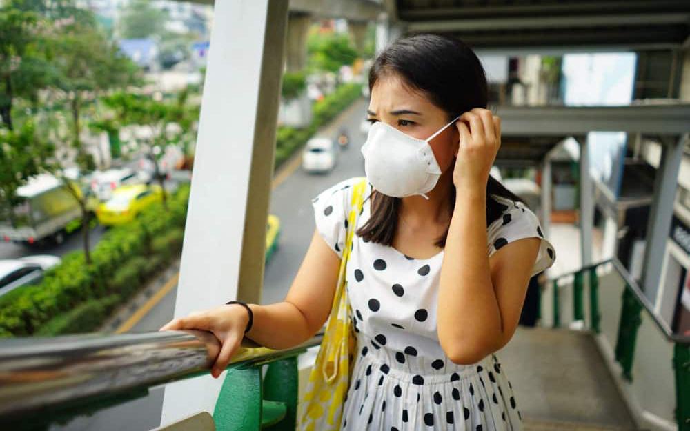 Đều đeo khẩu trang phòng nCoV nhưng không phải ai cũng biết cách để thở thoải mái nhất!