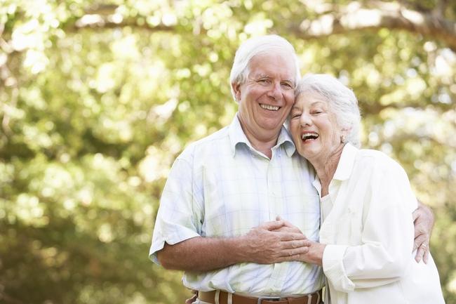 Bác sĩ hướng dẫn cách phòng tránh bệnh hô hấp mùa thu cho nhóm người có nguy cơ cao - Ảnh 3.