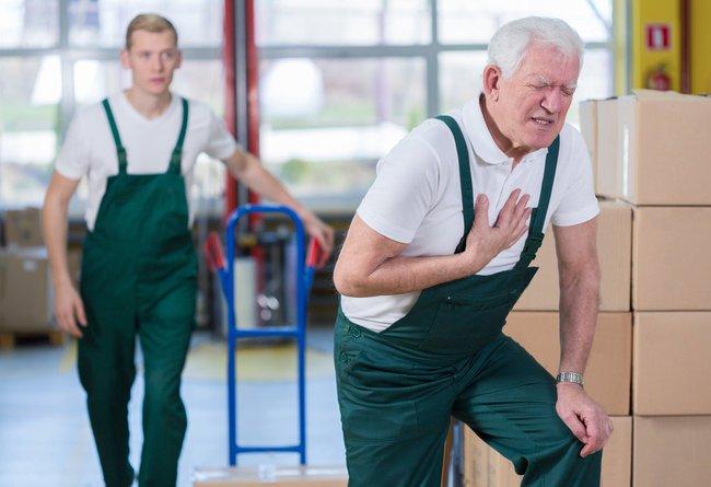 Bệnh đường hô hấp, nhiễm trùng vào mùa thu ở người cao tuổi chưa phải là bệnh nguy hiểm nhất - Ảnh 4.