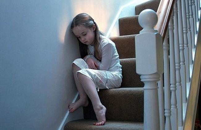 """Báo động bệnh trầm cảm ở trẻ em: Đâu là dấu hiệu nhận biết sớm """"căn bệnh của xã hội hiện đại""""? - Ảnh 3."""