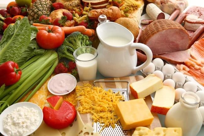 Những thói quen ăn uống cần thay đổi khi thời tiết hanh khô - Ảnh 2.