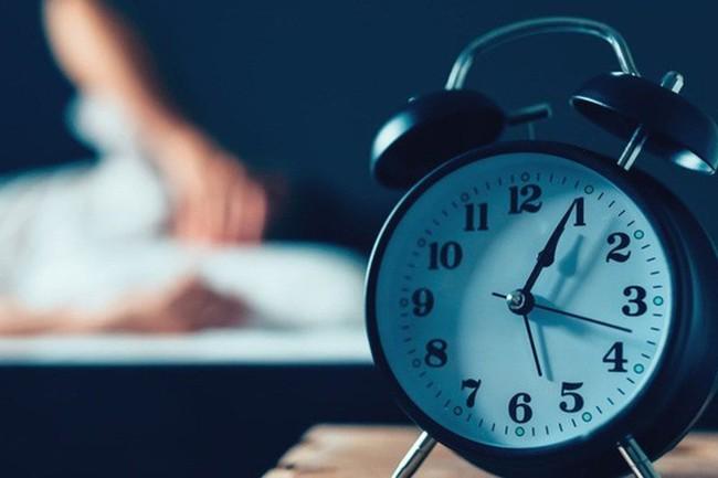 Melatonin là gì? Melatonin có ý nghĩa như thế nào tới giấc ngủ của con người? - Ảnh 3.