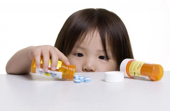 Thời tiết chuyển mùa, cha mẹ cần làm gì khi trẻ bị viêm họng cấp? Có những dạng viêm họng phổ biến nào ở trẻ? - Ảnh 7.