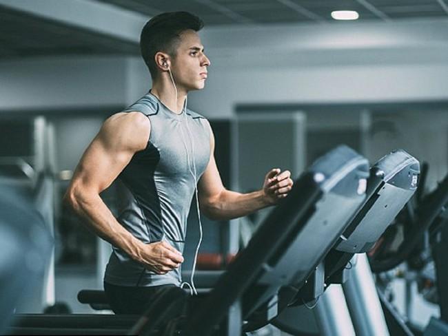 3 loại virus mang mầm bệnh thường có nhiều ở phòng tập gym - Ảnh 1.