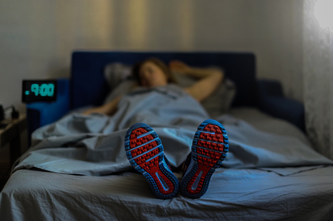 Tổng hợp các mẹo giúp bạn dễ ngủ và ngủ ngon hơn trong mùa hè nóng kỷ lục - Ảnh 3.