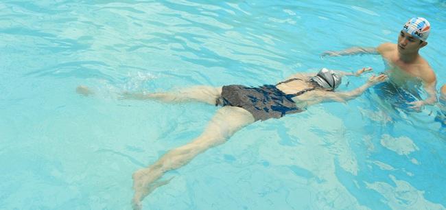 Lỗi thường gặp khi bơi ếch và cách khắc phục - Ảnh 2.