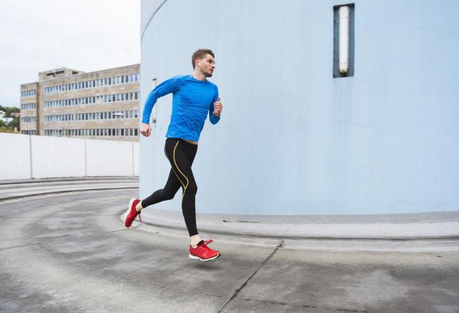 Hướng dẫn phương pháp hít thở đúng cách khi chạy bộ - Ảnh 2.