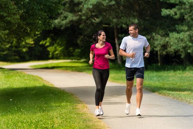 Hướng dẫn phương pháp hít thở đúng cách khi chạy bộ - Ảnh 3.