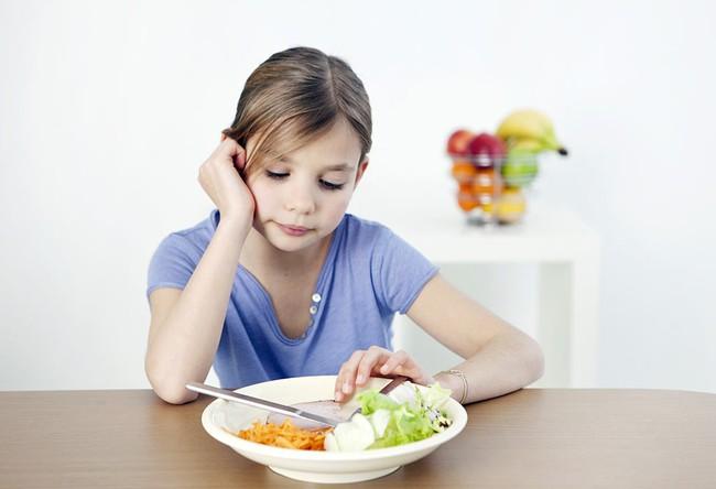 Người Việt ăn thiếu rau, thừa muối có phải nguyên nhân chính khiến trẻ thấp còi? - Ảnh 3.