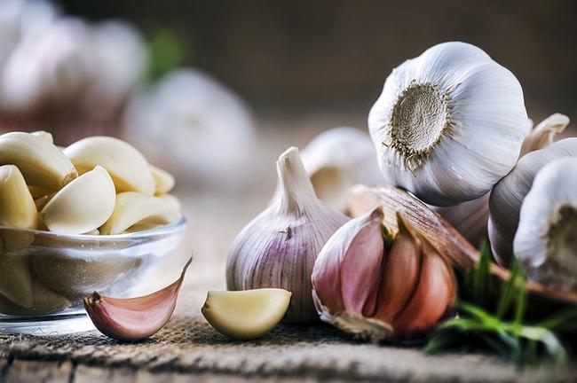 4 loại thực phẩm tự nhiên giúp làm loãng máu, ngăn ngừa cục máu đông - Ảnh 4.