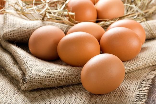 Người bị cao huyết áp có nên ăn trứng gà không? - Ảnh 1.