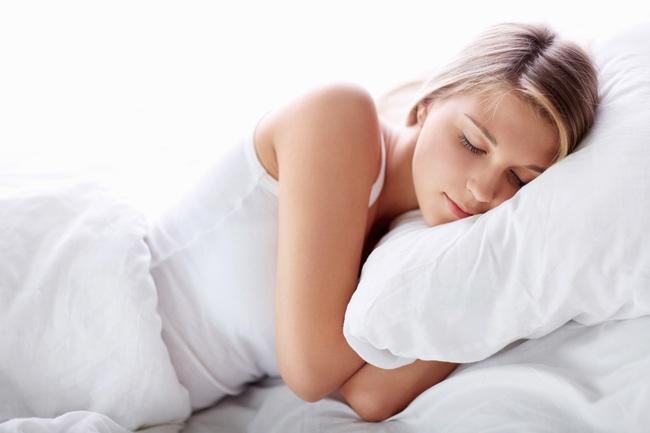 Giảm cân sau Tết: Đừng cố nhịn đói khi đi ngủ, nên bổ sung những thực phẩm nào? - Ảnh 2.