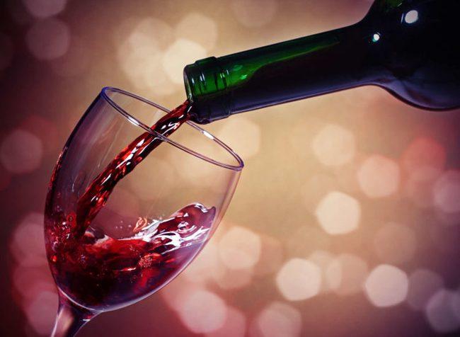 Cao huyết áp do hút thuốc lá, uống rượu bia: Các yếu tố nguy cơ có thể tự điều chỉnh - Ảnh 2.