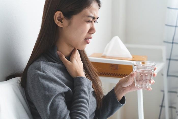 Khô họng sau khi thức dậy là bệnh gì? Những điều cần biết về chứng khô họng sau khi thức dậy - Ảnh 4.