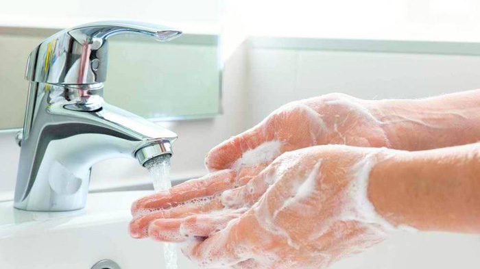 6 điều rất nhiều người đang hiểu sai về bệnh tay chân miệng  - Ảnh 3.