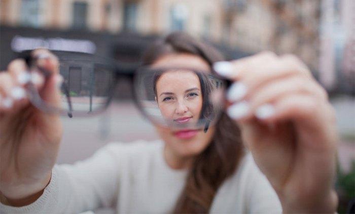 Điều trị cận thị tiến triển: Lựa chọn phương án sớm để giảm nguy cơ biến chứng - Ảnh 3.