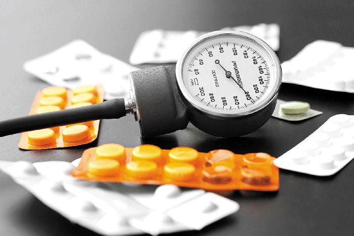 Cách hạ huyết áp ngay lập tức theo lời khuyên của chuyên gia y tế - Ảnh 2.