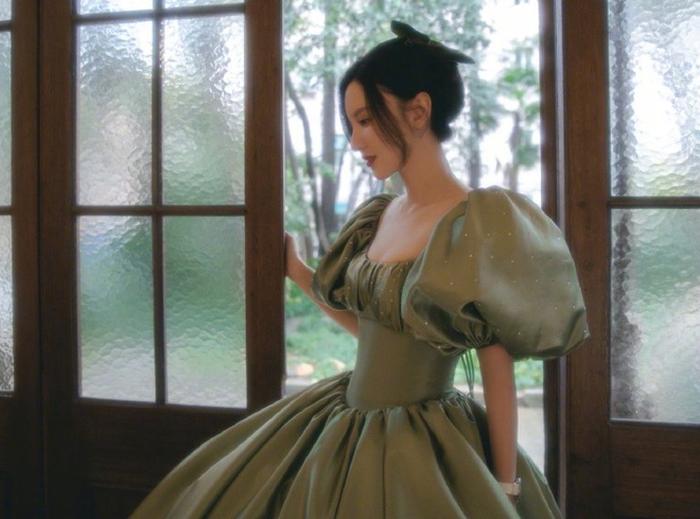 Nhập viện vì mặc váy bó sát, bạn đã biết những tác hại khôn lường của áo nịt bụng - Ảnh 2.