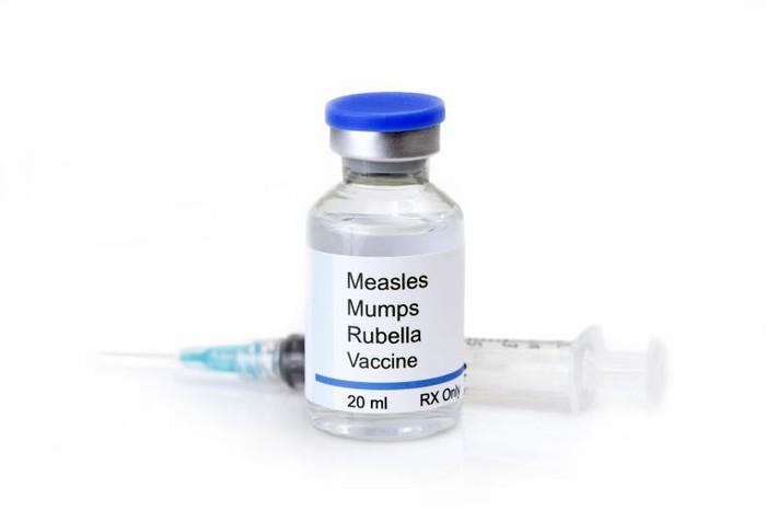 Vaccine MMR có an toàn không? Liều dùng và những lưu ý trước khi tiêm Vaccine MMR - Ảnh 1.