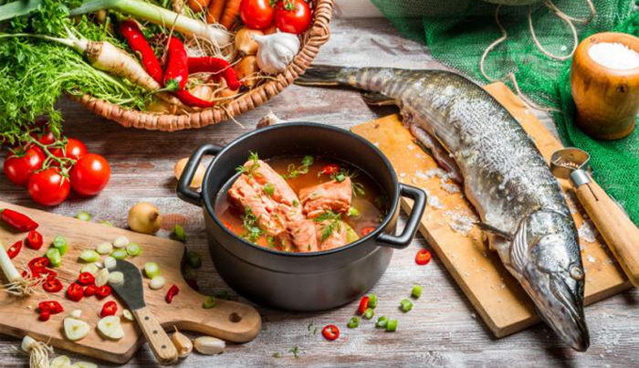 Chế độ ăn nhiều cá giúp giảm nguy cơ mắc COVID-19: Chuyên gia nói gì?  - Ảnh 2.