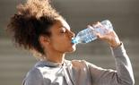 Uống nước khi đói và 12 lợi ích có thể bạn chưa biết!