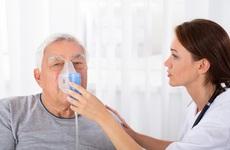 Tại sao bệnh phổi tắc nghẽn mãn tính gây khó thở? Làm thế nào để kiểm soát khó thở do COPD?