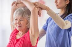 Điểm danh 5 bài tập vật lý trị liệu cho người bị bệnh COPD đơn giản có thể thực hiện tại nhà