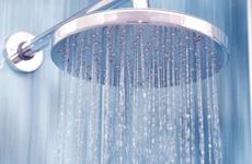 Tắm nước nóng không ngừa được nCoV