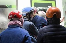 Cảnh báo nguy cơ tiềm ẩn lây nhiễm SARS-CoV-2 tại cây ATM