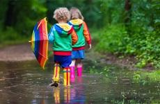 Cẩn thận với các bệnh vào mùa mưa ở trẻ và cách phòng tránh hiệu quả