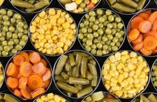 Chuyên gia nhấn mạnh những điểm không thể bỏ qua khi chọn mua thực phẩm đóng hộp