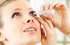 Lựa chọn thuốc nhỏ mắt cho người cận thị đúng cách? Cần lưu ý gì?