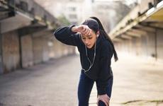 Tập thể dục cường độ cao có thể khiến hệ thống miễn dịch bị suy yếu