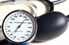 Điều trị tăng huyết áp tại nhà như thế nào? Cần lưu ý gì?